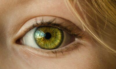Czy warto zdecydować się na laserową korektę wzroku Jakie efekty przynosi. Kompendium wiedzy w pigułce