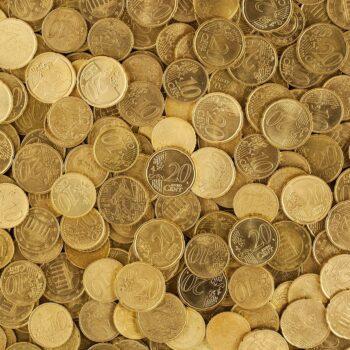 Pożyczka termomodernizacyjna, kredyt bankowy, a może dotacja – z jakiego źródła finansowania skorzystać przy wymianie źródeł ciepła na te ekologiczne
