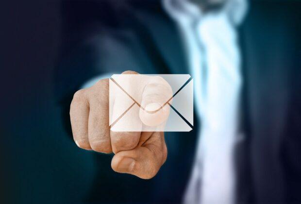 Jak poprawnie tworzyć oficjalną korespondencję e-mailową i listowną